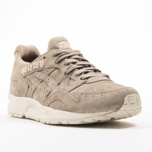 asics next day delivery